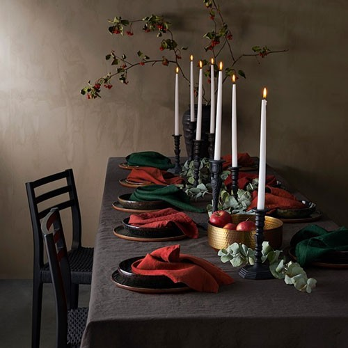 Ellos christmas setting dinner table